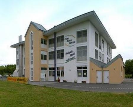 Gebäude des Euro Dance Center in Troisdorf