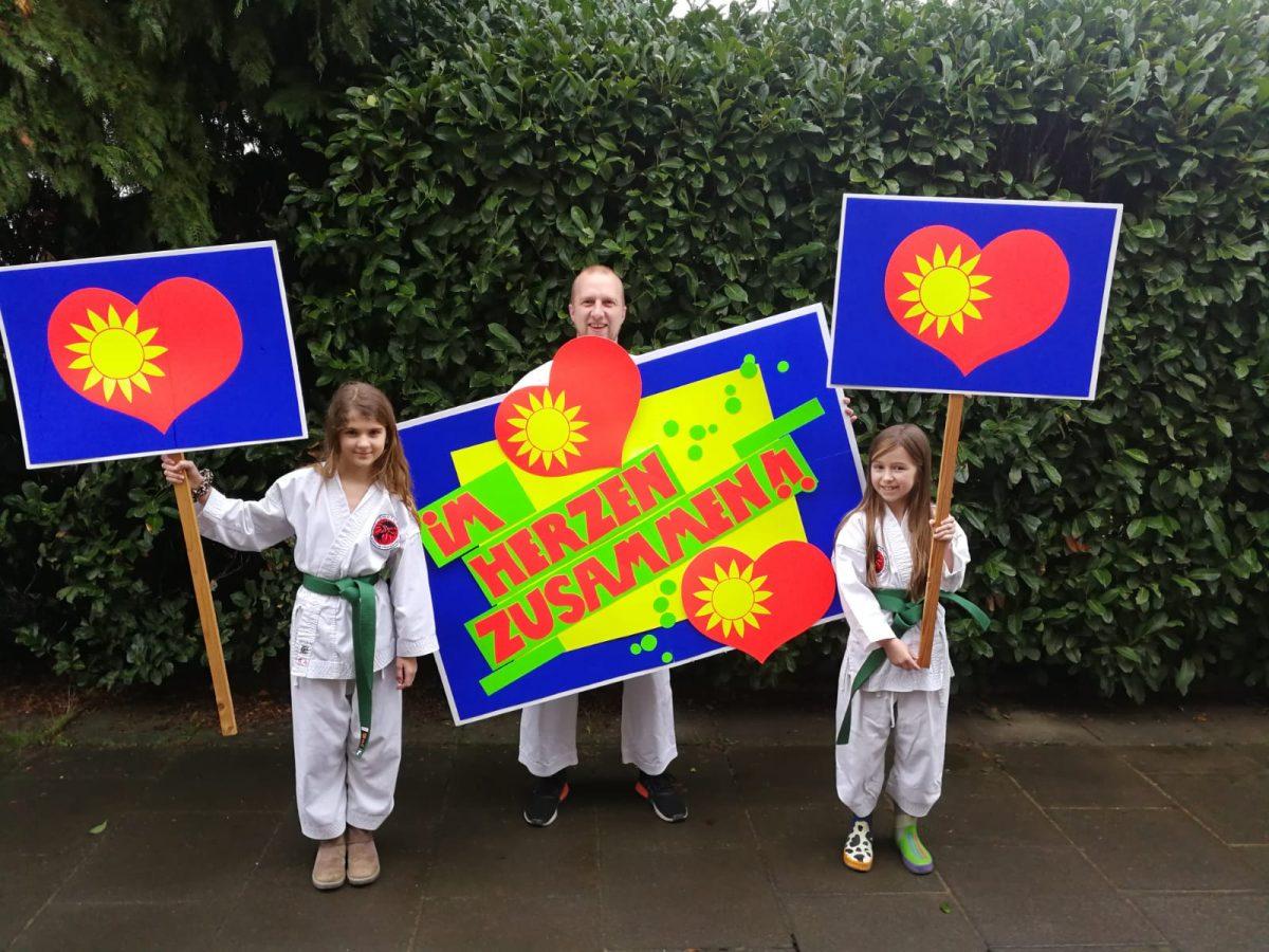 Karate Schule Troisdorf mit der Herzaktion 2021